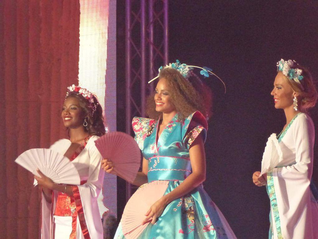 Show de Miss France Alici Aylies et de ses dauphines ( dont Miss Bretagne )