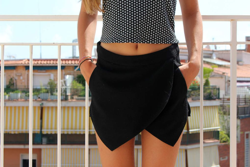 top Brandy Melville // jupe-short New Look // flashtattoo Stradivarius