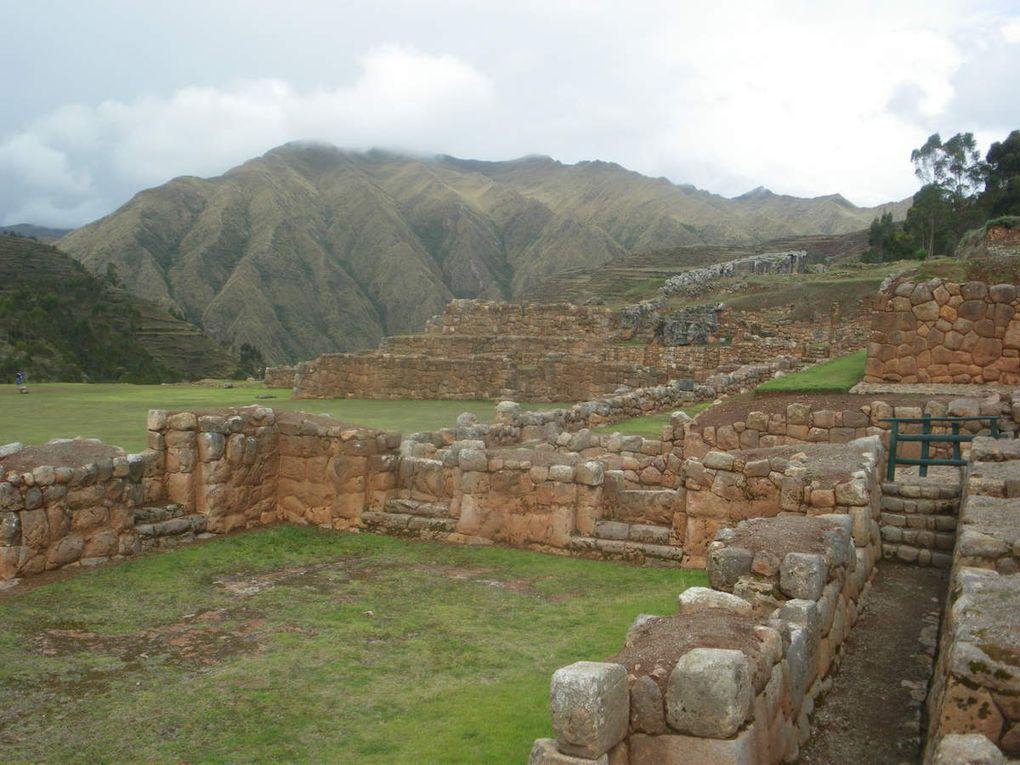 Chinchero et les ruines du palais de l'Inca.