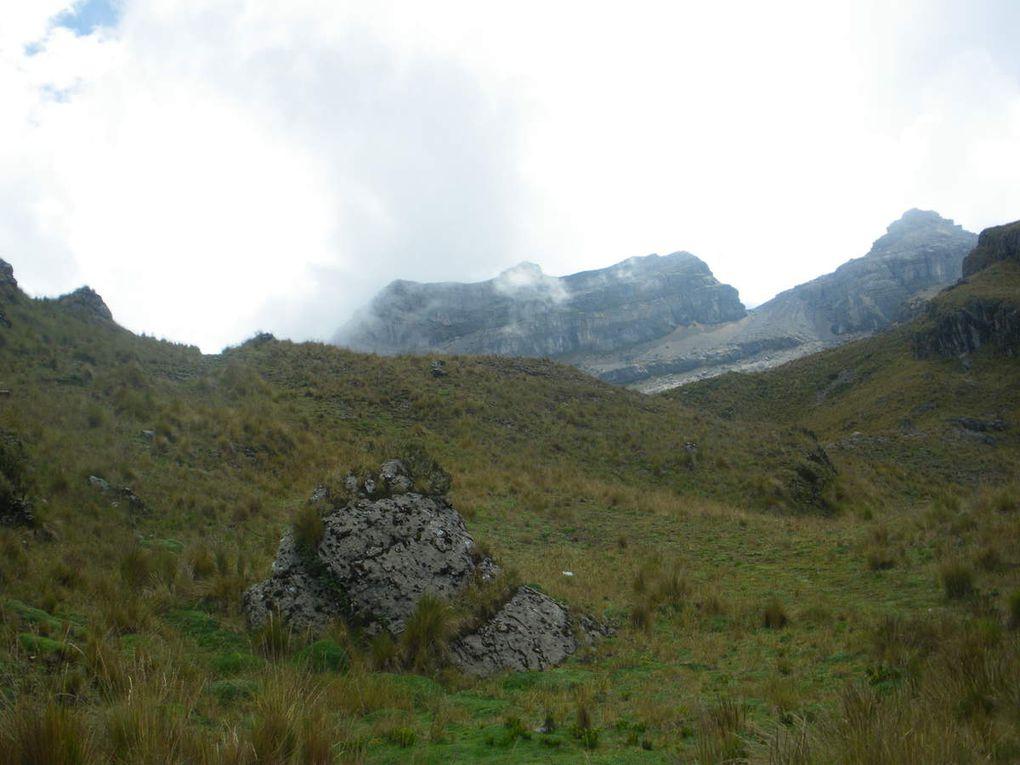 Rien de mieux qu'un paysage fabuleux pour oublier que les jambes commencent à brûler à 4600m.