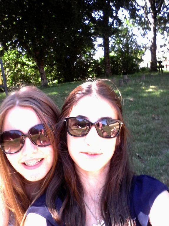 Moi je suis toujours à gauche momo au milieu et à droite....Ma soeur jumelle que je vous présenterais dans un prochain article
