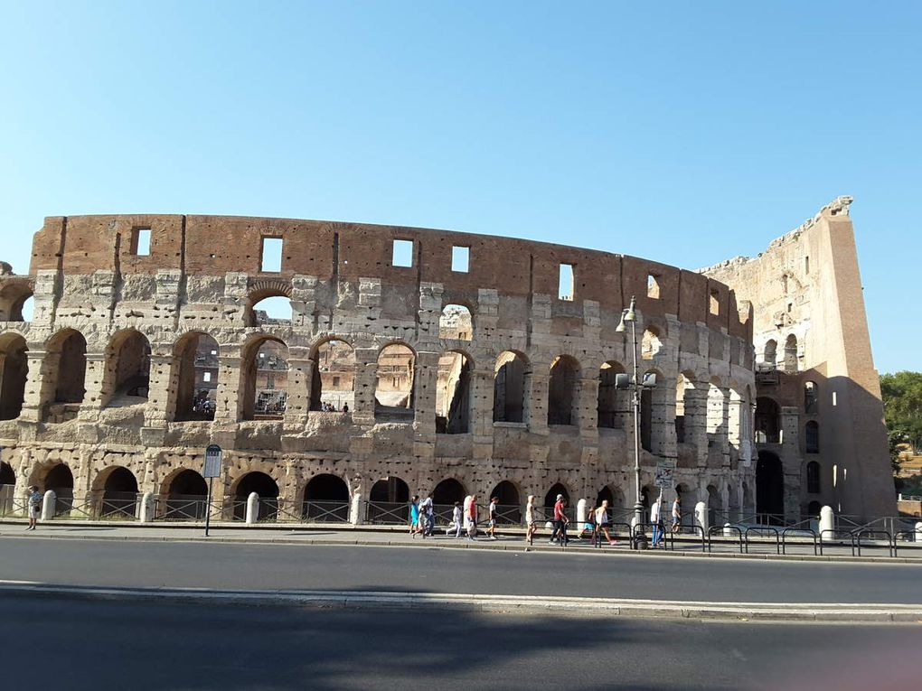 Invitation à une petite promenade dans Rome