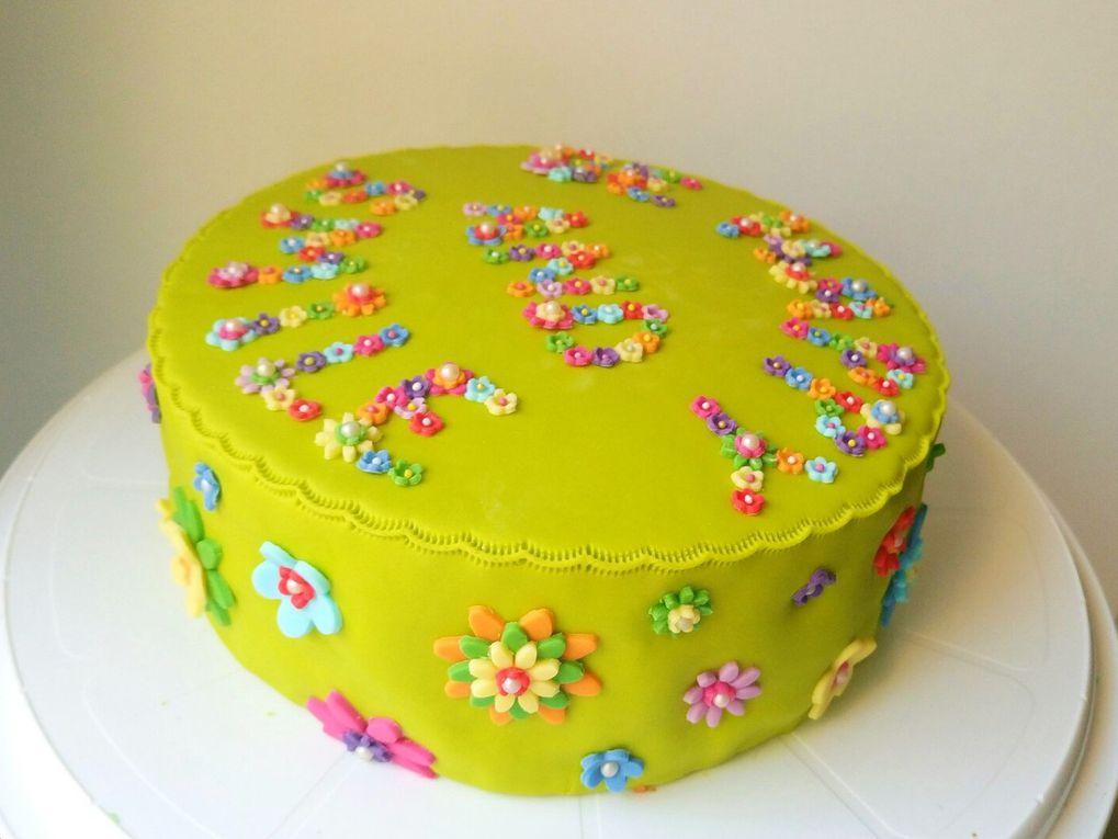 Gâteau jardin fleuri
