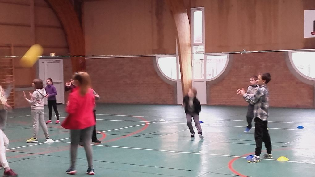 Volley-ball en CE et CM !!