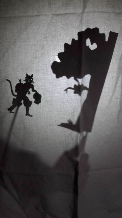 Quelques ombres du chat botté