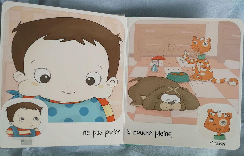 A table, Les Petites histoires de Mistigri, un livre personnalisé par Les Enfants Roy