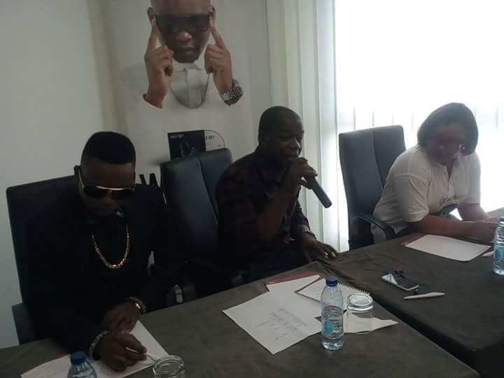 Brice Albin,Wax Dey et la manager de Calabash music lors de la conférence de presse