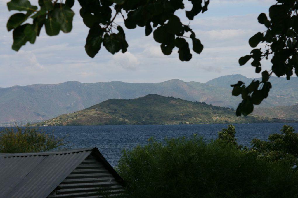 Quelques vues de l'île et du lac !