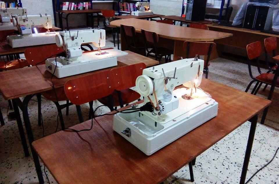 Atelier de formation en Piquage et Montage de vêtements à Tighilt-Bouksas