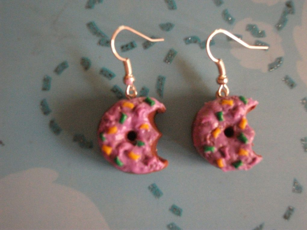 Boucles d'oreilles en forme de donuts