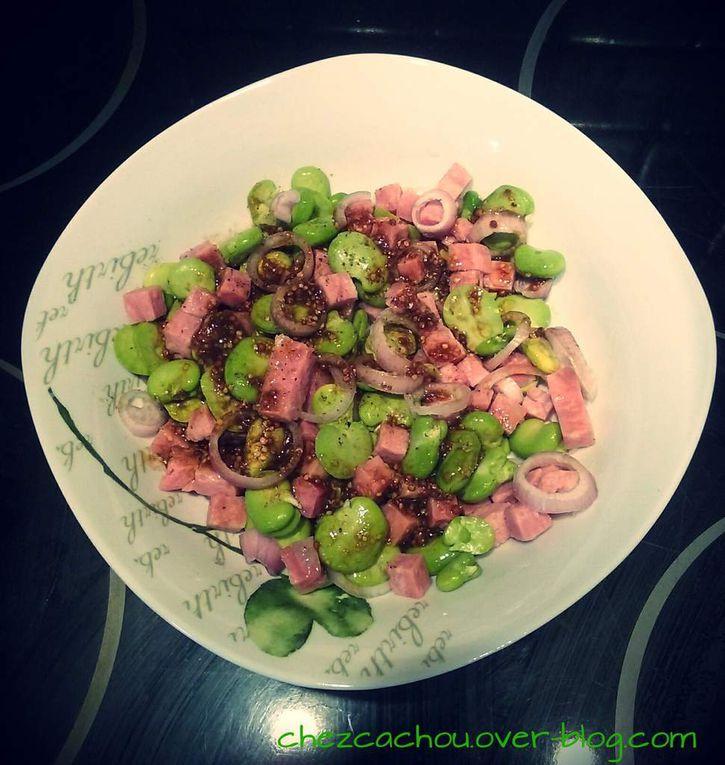 Salade de fèves et dés de jambon