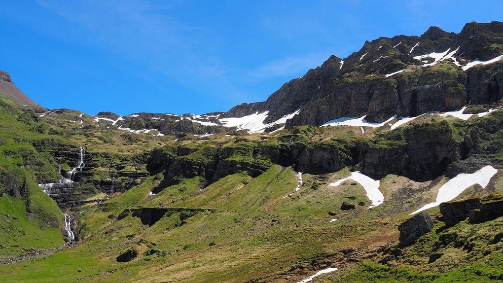 Cascade et col du Wart (2705m)