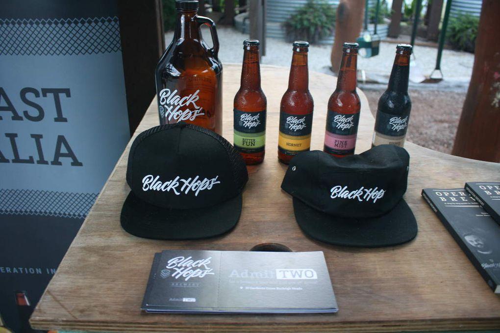 soirée mensuelle de dégustation de bière artisanale, ici la brasserie Black Hops que nous avons été visité après / monthly evening of craft beer tasting, here the brewerie Black Hops that we've been visited later