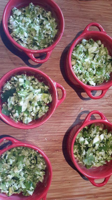Clafoutis salé aux poivrons, courgettes et tartare aux noix