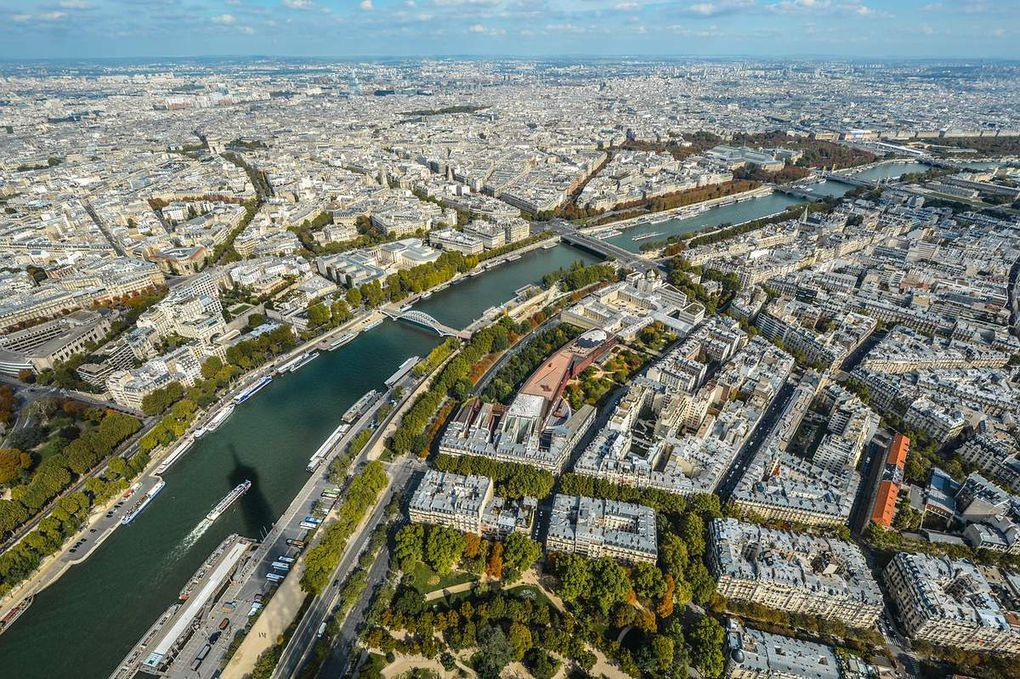 Le Conseil d'État confirme l'annulation de la procédure de passation de la concession de mobiliers urbains passée à titre provisoire par la Ville de Paris avec une filiale du groupe JC Decaux: