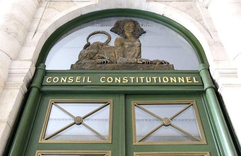 Le Conseil constitutionnel estime que le législateur ne peut pas réprimer la seule intention délictueuse ou criminelle :