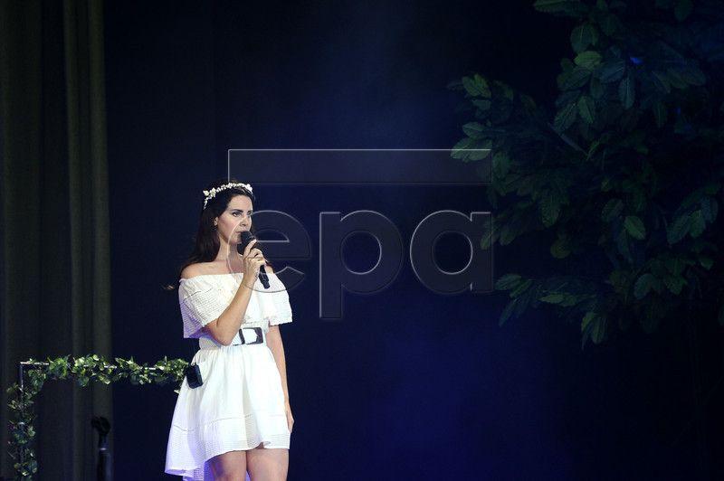 Lana Del Rey de retour en France pour les Vieilles Charrues