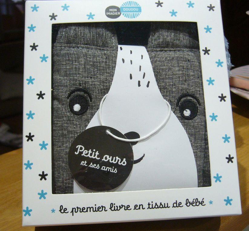 Petit ours et ses amis - Le premier livre en tissu de bébé des Editions Casterman