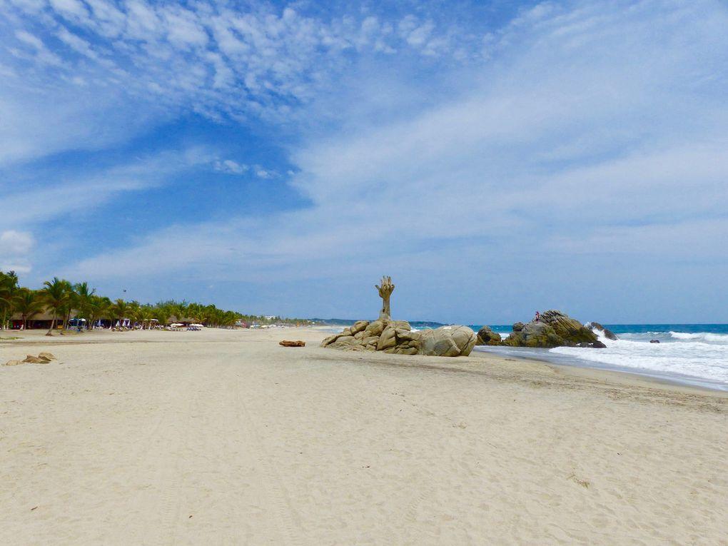Playa Zicatela, petite vagues lors de notre visite mais forts courants : baignade interdite