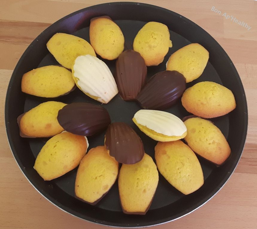 • Les madeleines sur coque en chocolat •