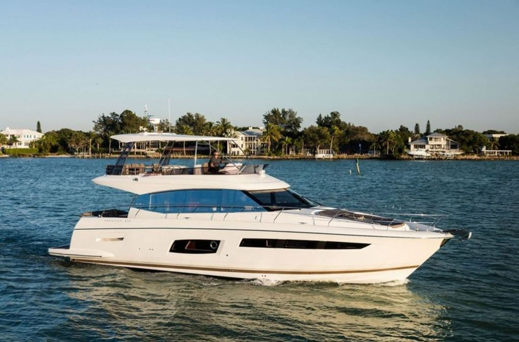 Yachting - Presentation of the New Prestige 560