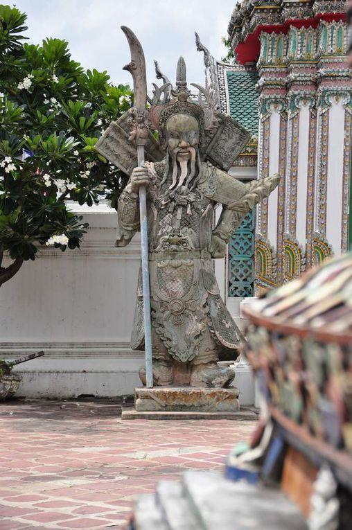 (Wat Pho et son magnifique Bouddha couché)