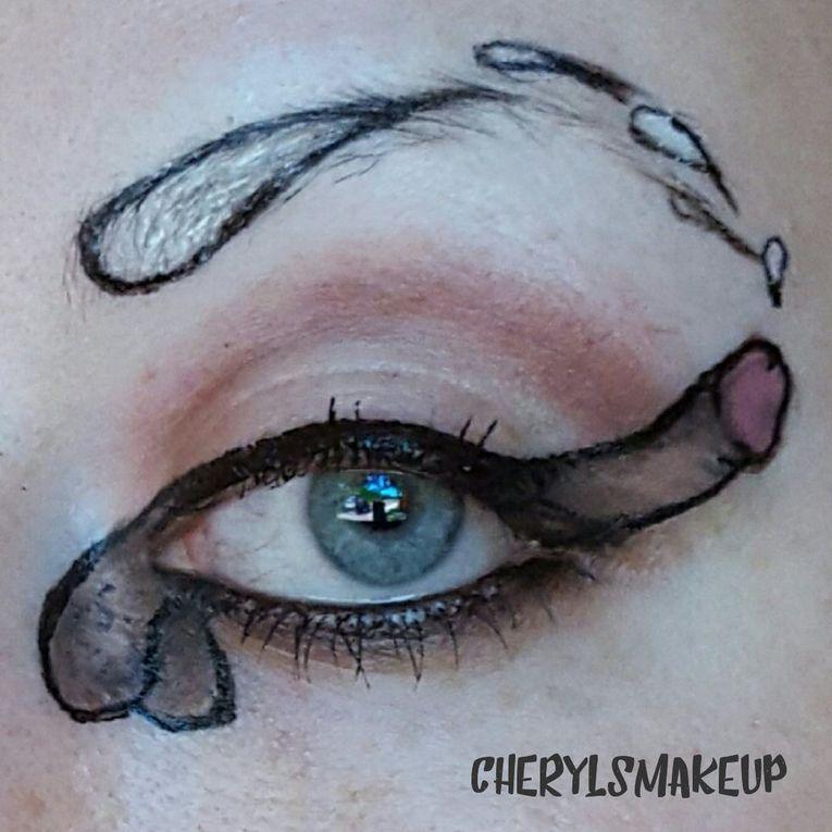 La nueva tendencia después del pantangas, pintarse penes en la cara ¡Estamos locos!