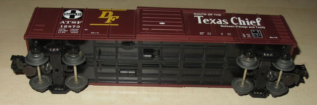 Wagon Rounded Roof Box Car Santa Fe 3 rails échelle O MTH