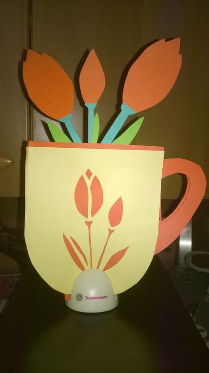 Tuto carte tasse fleurie