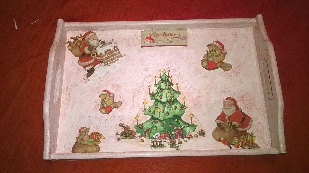Boîte à mouchoirs et plateau de Noël