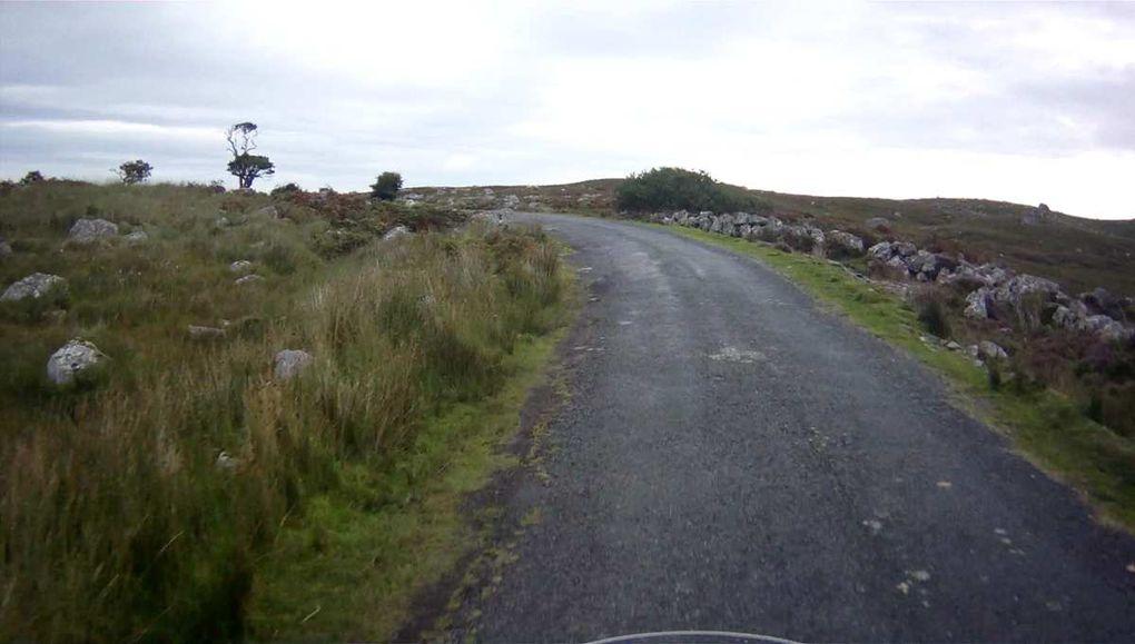 Route entre Deroe et Oughterard