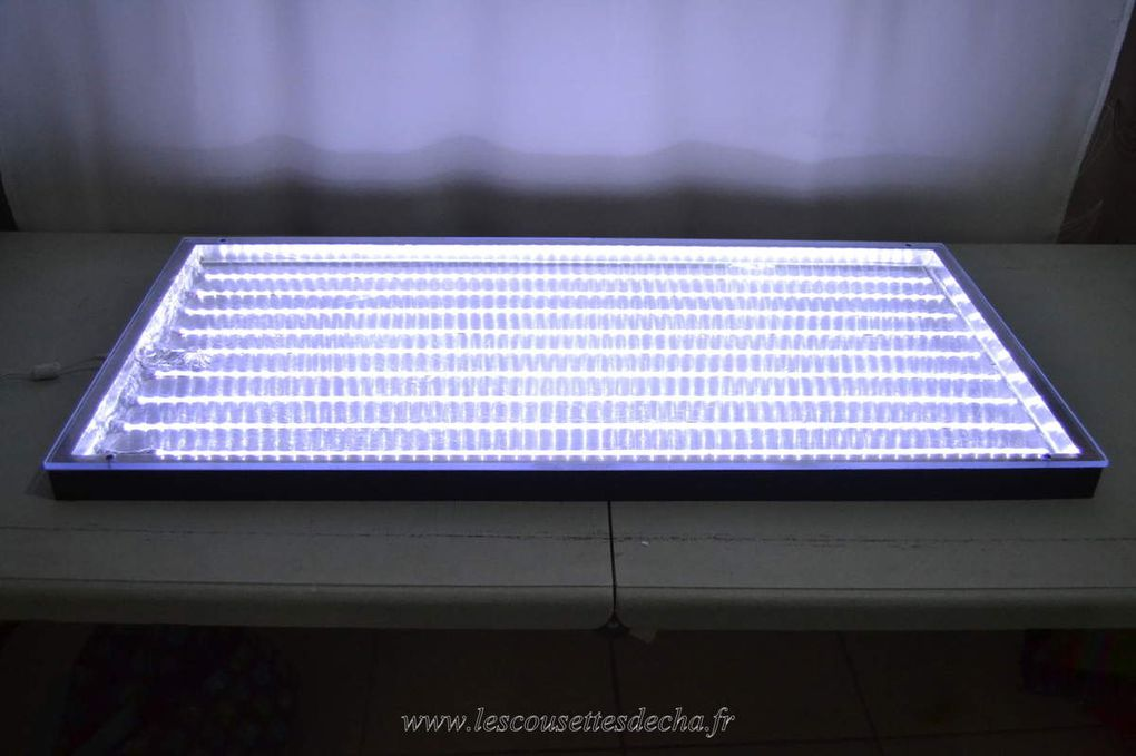 Une table lumineuse pour decalquer mes patrons.