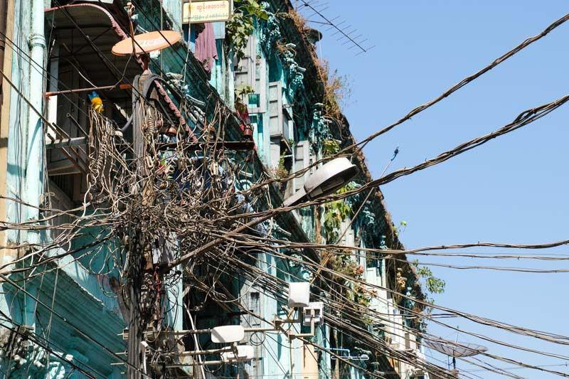 A Yangon, dans les rues de Downtown (cliquez pour dérouler les photos)