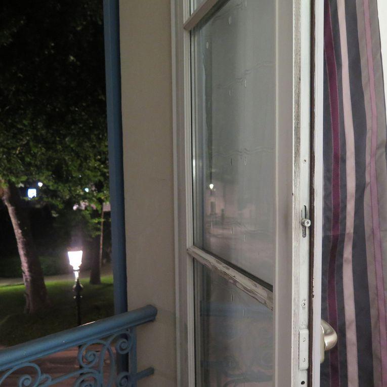 1-Tea-shirt rue d'Ajaccio, 2-La maison bleu, 3-hotel Epernay, 4-Saint Pourçin, 5-Epernay, 6- Noel, 7-Brissac, 8- voilage, 9- Alderley Edge (GB), 10-Sérignan.