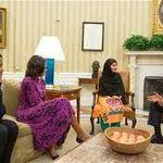 """ملالہ نے فیصلہ کیا ہے کہ وہ اگلی کتاب """"نظریہ پاکستان"""" پر لکھوائے گی"""