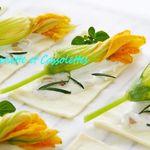 Tartes Fines aux Fleurs de Courgettes et Fromage de Brebis
