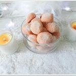 Truffes au chocolat blanc & biscuits roses de Reims
