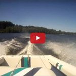 VIDEO - un accident de ski nautique pas banal...