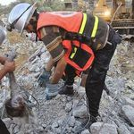 The rescue teams rushed to the erupt places in Gaza to continue searching for missing and buried bodies