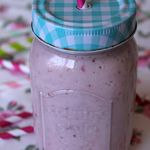 Smoothie pêche fraise coco