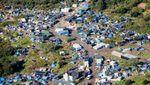 20 octobre 2015  Jungle de Calais : l'appel des 800   Cinéastes, écrivains, intellectuels...