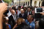 """Hollande dice que vivió un """"momento histórico"""" con Fidel Castro"""