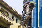 Dos obreros cubanos se precipitaron al vacío, y uno murió