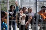 México investiga a funcionarios de migración por denuncias de cubanos