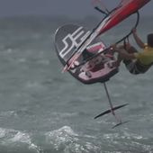 The latest and hottest trend in windsurfing : the HydroFoil boards fly over the water, Deep Tuttle Fin Box ... - 3D SPORT CENTER
