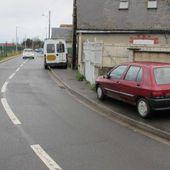 Les nouvelles places de stationnement dans la rue de Beauséjour à Blois devraient libérer un peu d'espace pour les piétons et modérer les vitesses - Violence Routière 41 - Bougez autrement à Blois - Bougez autrement dans le val de Loire -