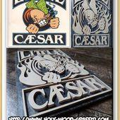 Little Caesar's wood art cut - Idée cadeau pour anniversaire de mariage et porte-clés personnalisés bois et plexiglass