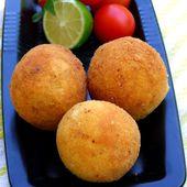Per il piatto storico le Papas Rellenas (polpette di patate e carne) della cucina caraibica...