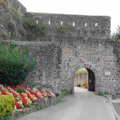 Porte Saint Jacques , Saint Jean Pied de Port ( Pyrénées-Atlantiques 64 ) A - ONVQF.over-blog.com