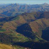 Munhoa depuis le col d'Aharza (Pyrénées-Atlantiques 64 ) AAA Rando - ONVQF.over-blog.com